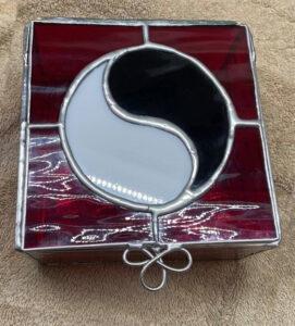 Glass Aes Sedai Trinket box